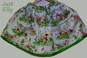 Skirt with gnomes 1