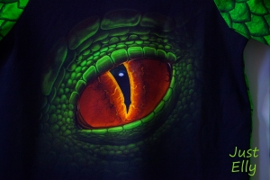 Dino shirt 03