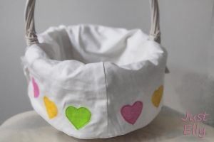 DIY new lining for baskets 02